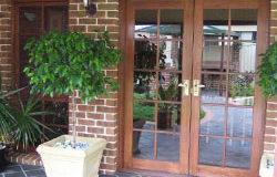 hinged_doors_1