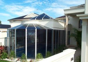 swimming_pool_glass_windows